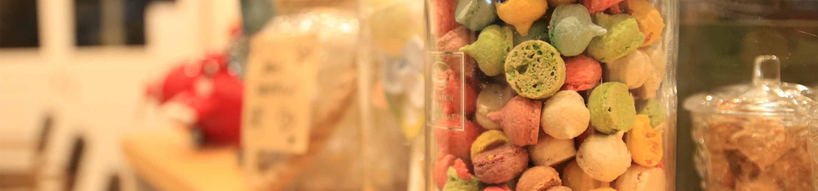 岡山県産フルーツを使ったスイーツや自慢の『ステラロール』。本格エスプレッソコーヒー、瀬戸内の魚介類や地元のフレッシュ野菜を使ったランチとスイーツのお店ステラランチ