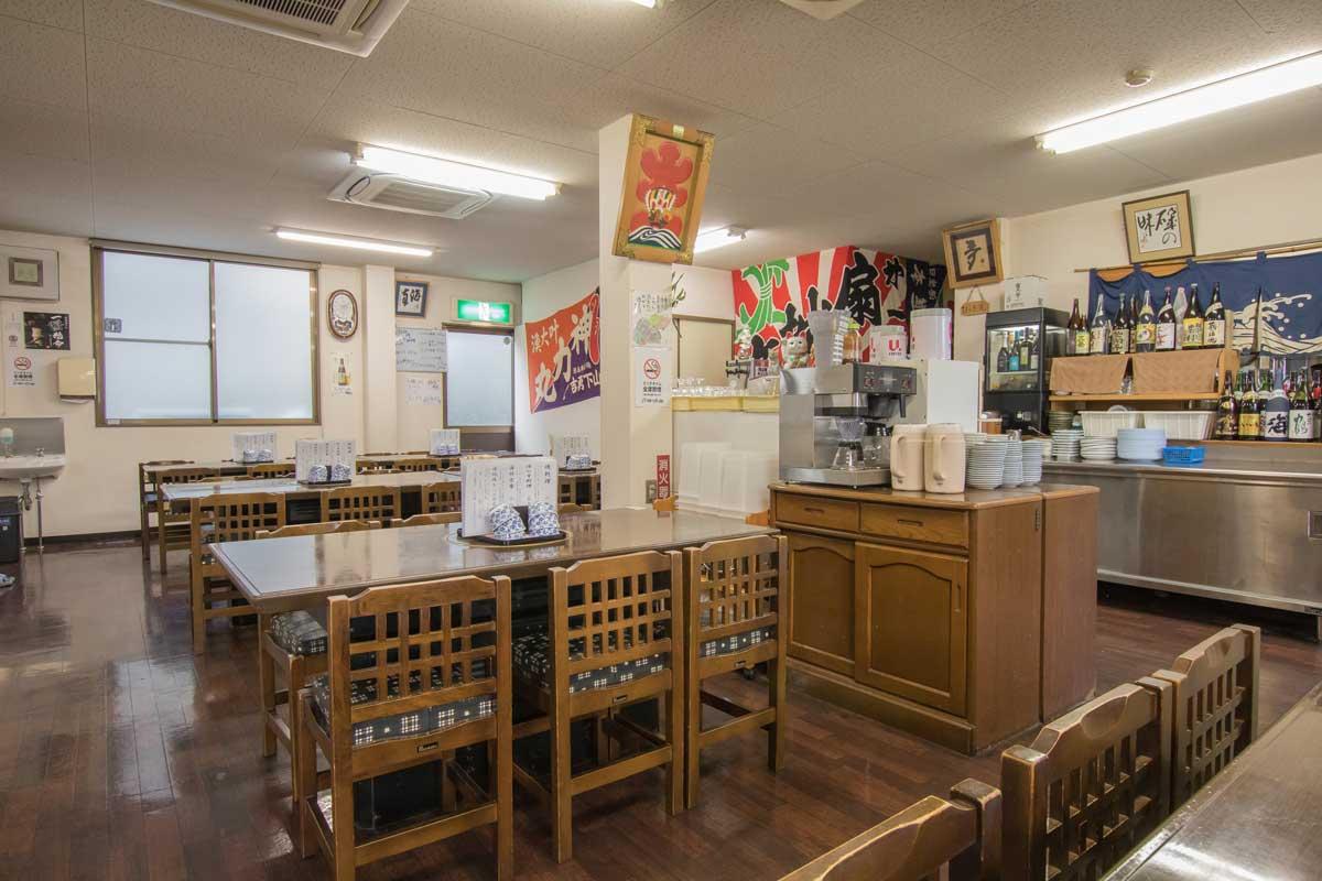 岡山と兵庫の県境の日生町にある海鮮料理「磯」外観1